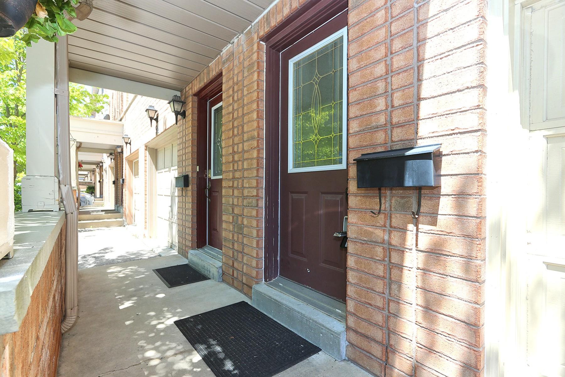 2530 Front Porch Entrance
